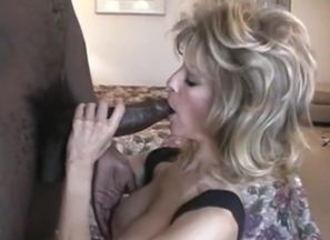 Light-haired Cougar bj's the HUGEST..