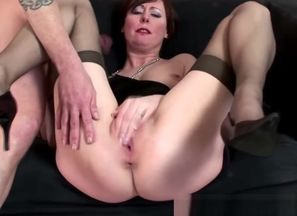 Mature pantyhose coochie ravaged by boy