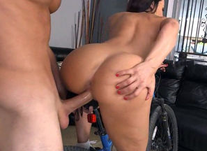 The Ultimate Cougar Arse - Lisa Ann