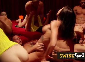 Fledgling swinger duo joins the house