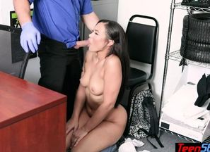 Round latina young woman shoplifter..
