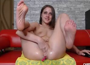 Cherry nephew wide open her slit online