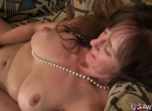 USAwives Unshaved Matures Solo..